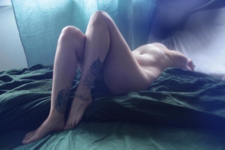 ©amaryllisjoskowicz women portr - amaryllisj | ello