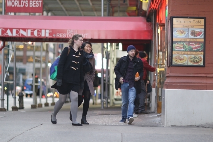 **Heading Subway** A people 7th - kevinrubin | ello