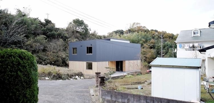 House Y minimal home located Ic - leibal | ello