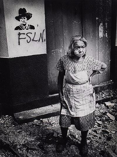 Koen Wessing (1942-2011) - Zuid - bintphotobooks   ello