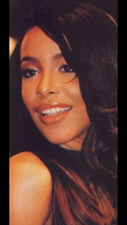 Aaliyah - aaliyahdanahaughton   ello