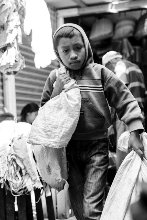 streetphoto photojurnalism mono - -susanoo | ello