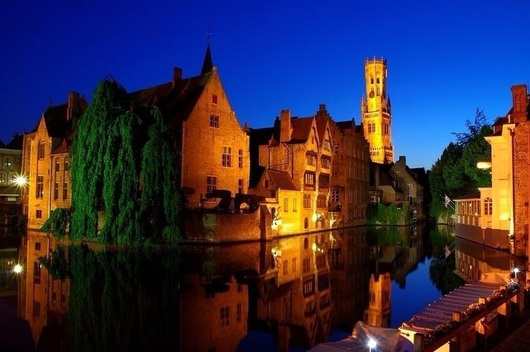 Fall love romantic medieval Bru - tourising   ello