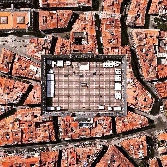 Plaza mayor de Madrid Dejar hue - okamika   ello
