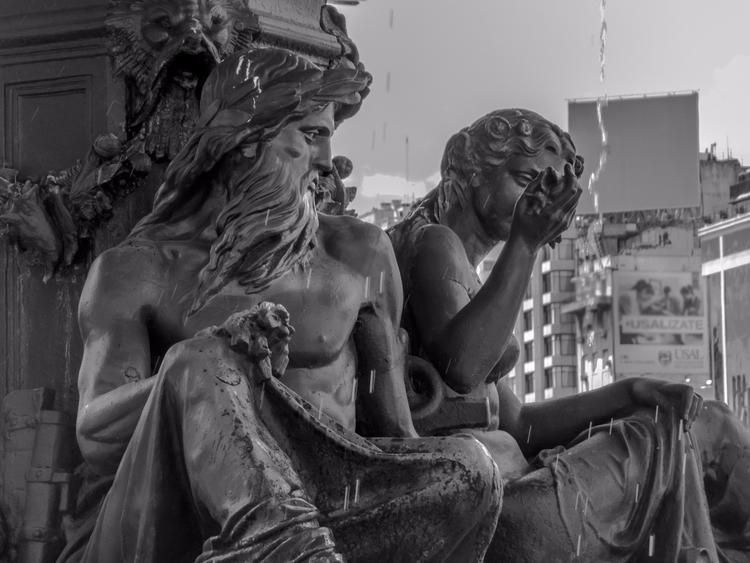 Fountain Buenos Aires, Argentin - rodseide | ello