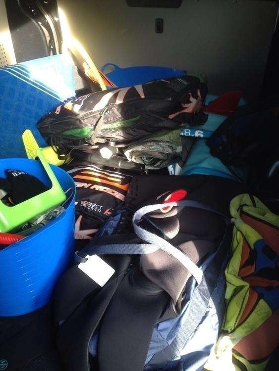 morning loaded van kitesurfing  - oceanromeo | ello