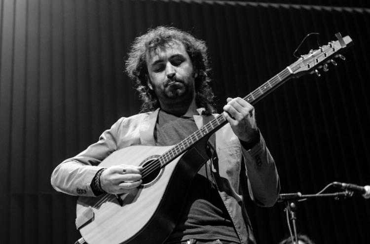 Galiza Music FerBarroso (Pic. L - ferbarroso | ello