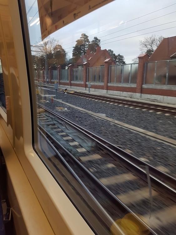 Morning commute Järna! gotta lo - zarkopef | ello
