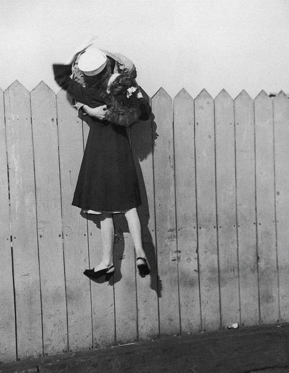 Sailor Leans Picket Fence Lifts - carolhowell   ello
