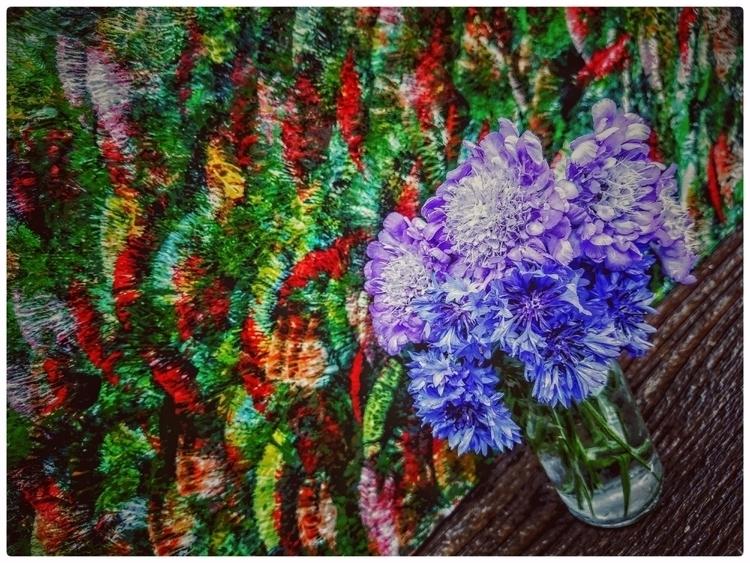 pic flowers grew painting - dizyne | ello