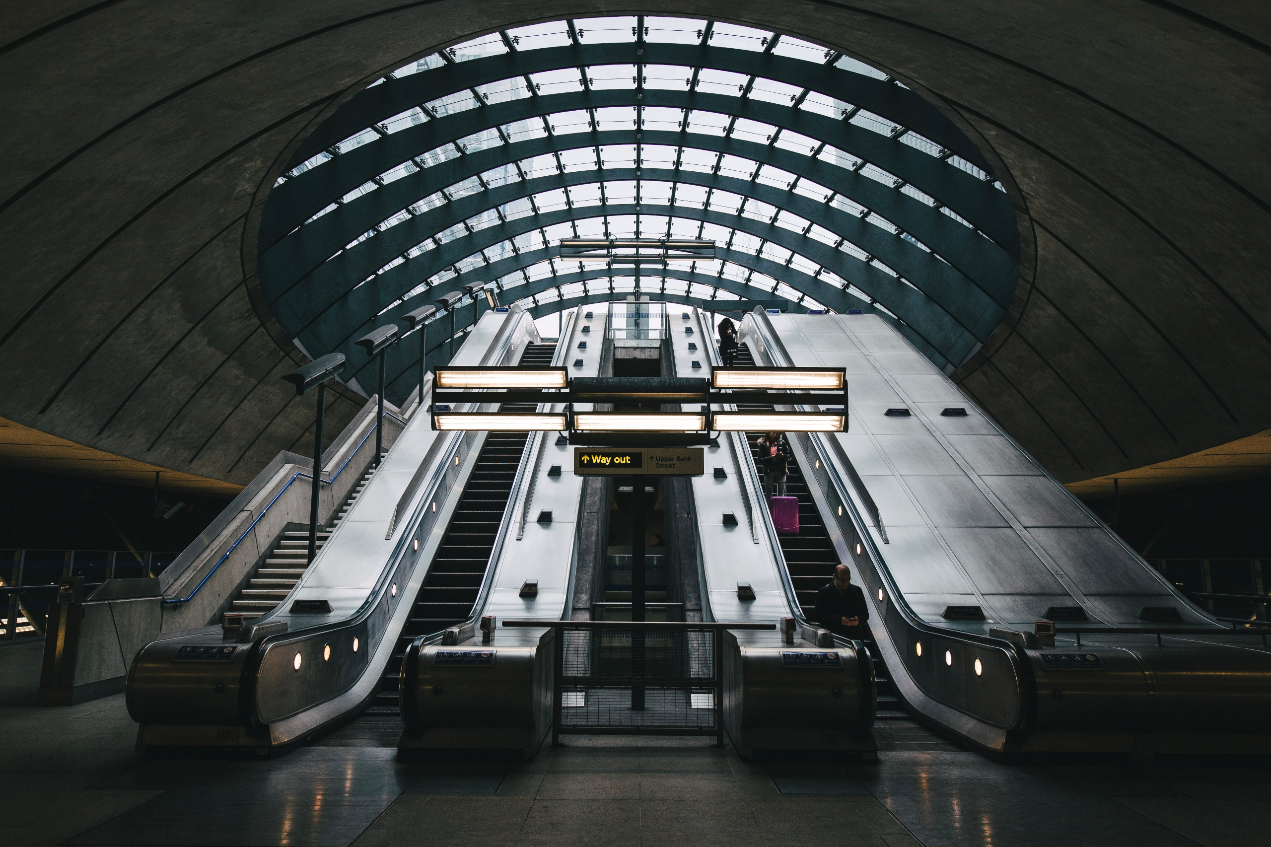 Canary Wharf Underground Statio - domreess | ello