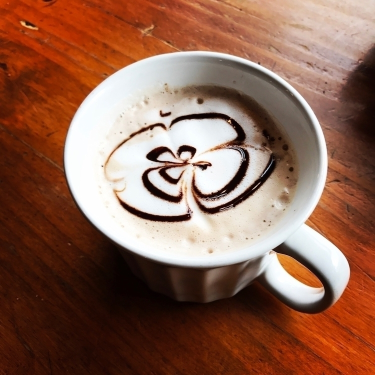 Delicious hot chocolate Seaside - iquitoz | ello