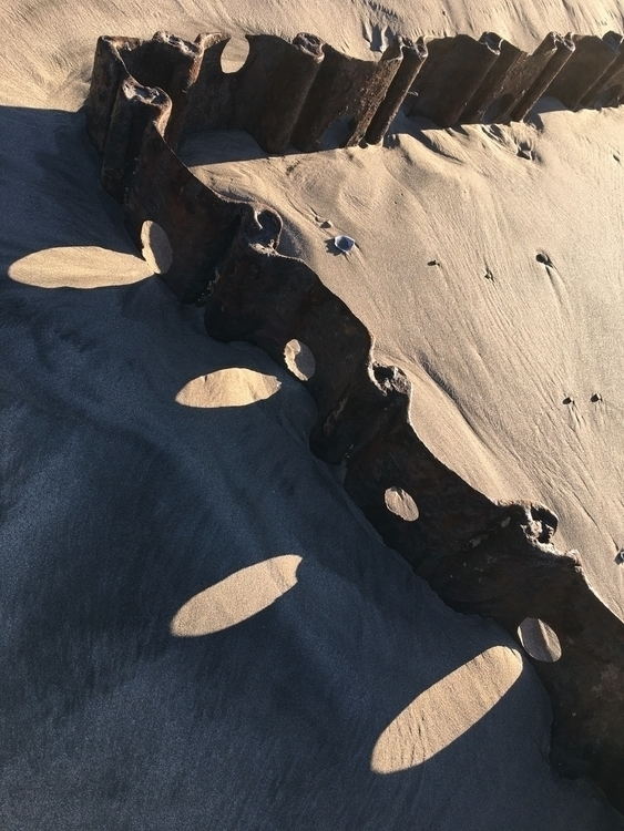 Abstract beach. - slubdude | ello