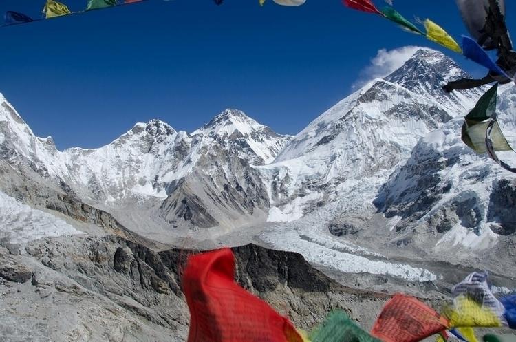 Mount Everest, Everest Base cam - himaliadv | ello