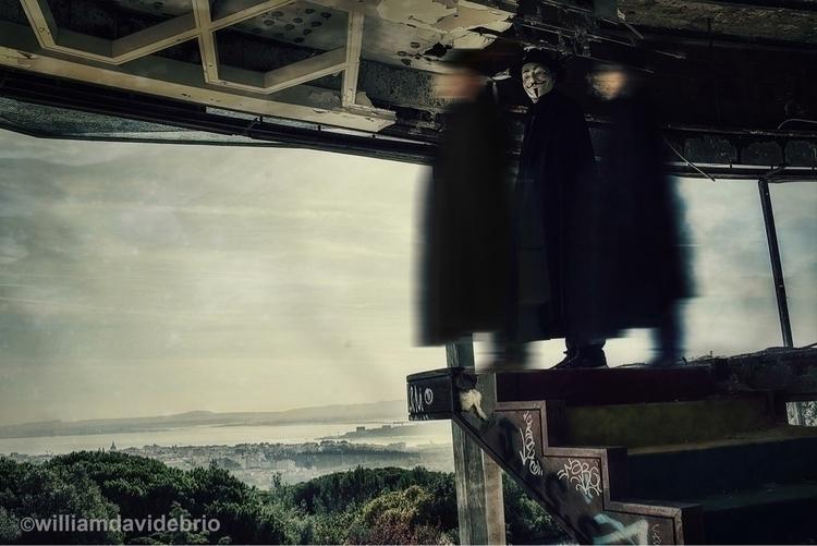 "Cloak city"", performing Lisbon  - williamdavidebrio | ello"