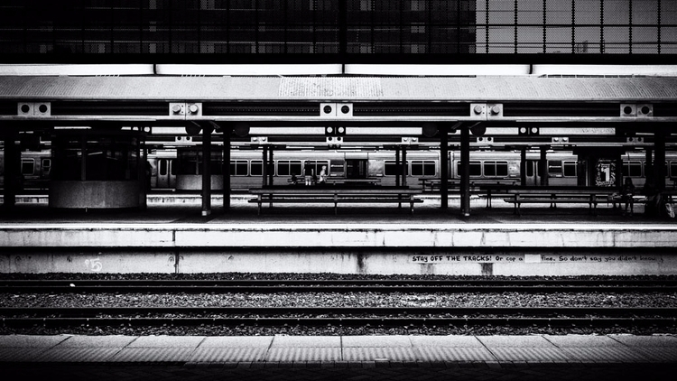 Stay tracks! blackandwhitephoto - daphot | ello