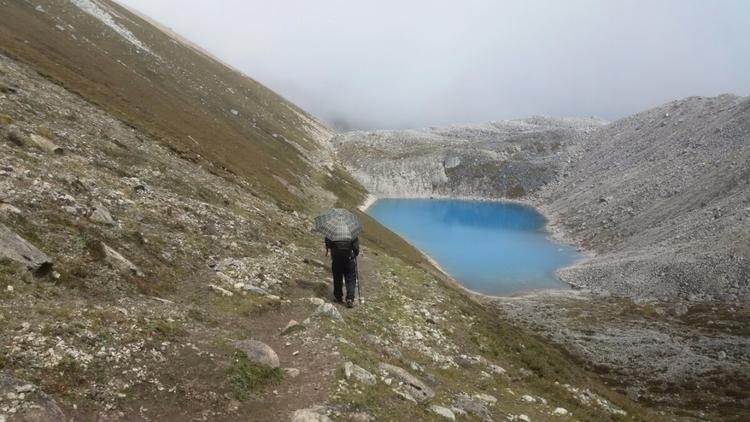Walk clouds. trekking nepal tre - himaliadv | ello