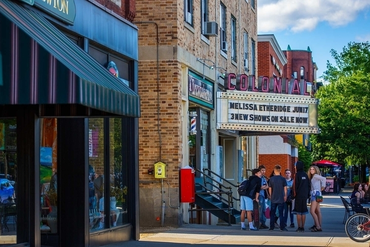Colonial Theater, Keene, NH - 6 - fjgaylor | ello