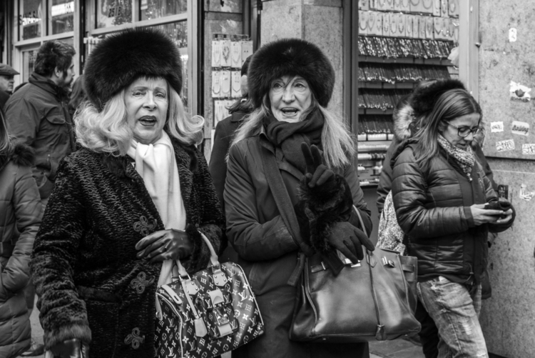 People profile pic) Chinatown,  - giseleduprez | ello