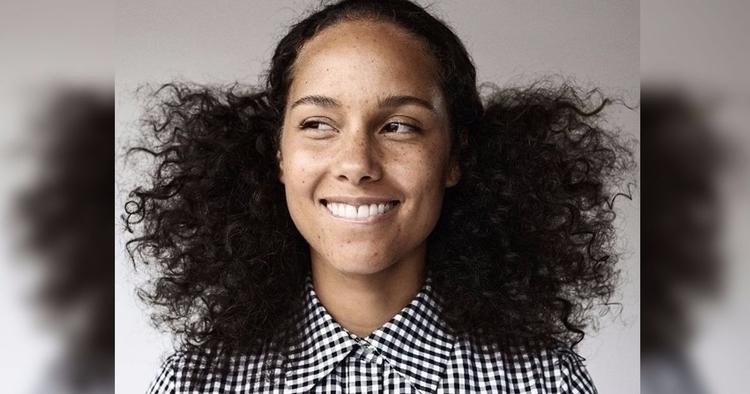 Alicia Keys pen paper jot steps - adashofmel | ello