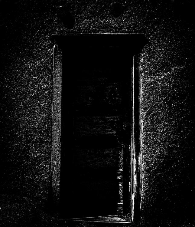 Door Outer World mamiya 645 45m - junwin | ello