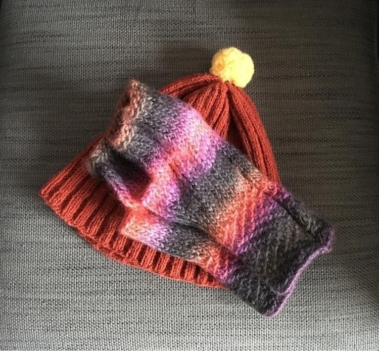 finishedproject handknitting ja - epalmerbrown   ello