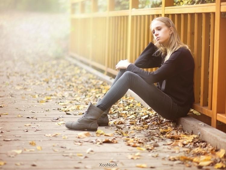 sunny October day Vienna... ell - xoonoox | ello