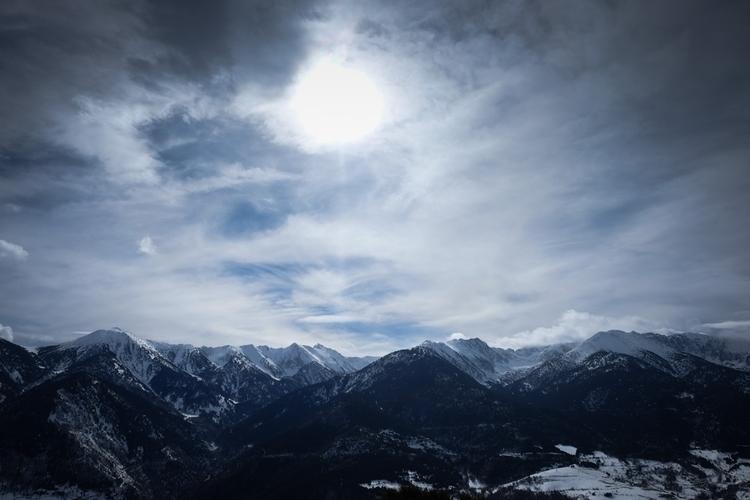 hours snowshoeing Pyrénées, sno - yannkerveno | ello