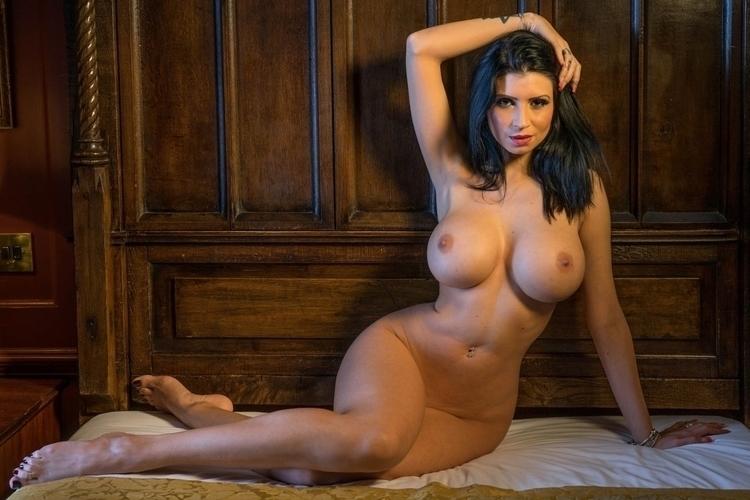 Фигуристые девушки порно фото 94859 фотография