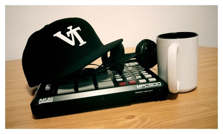 Beats + Coffee = Good Start - ricojames   ello