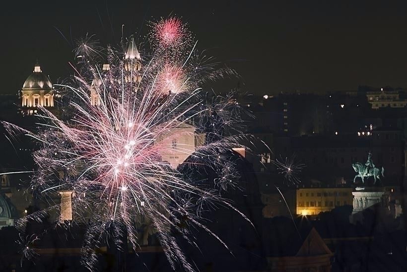 Fireworks explode sky Rome peop - richardwalter | ello