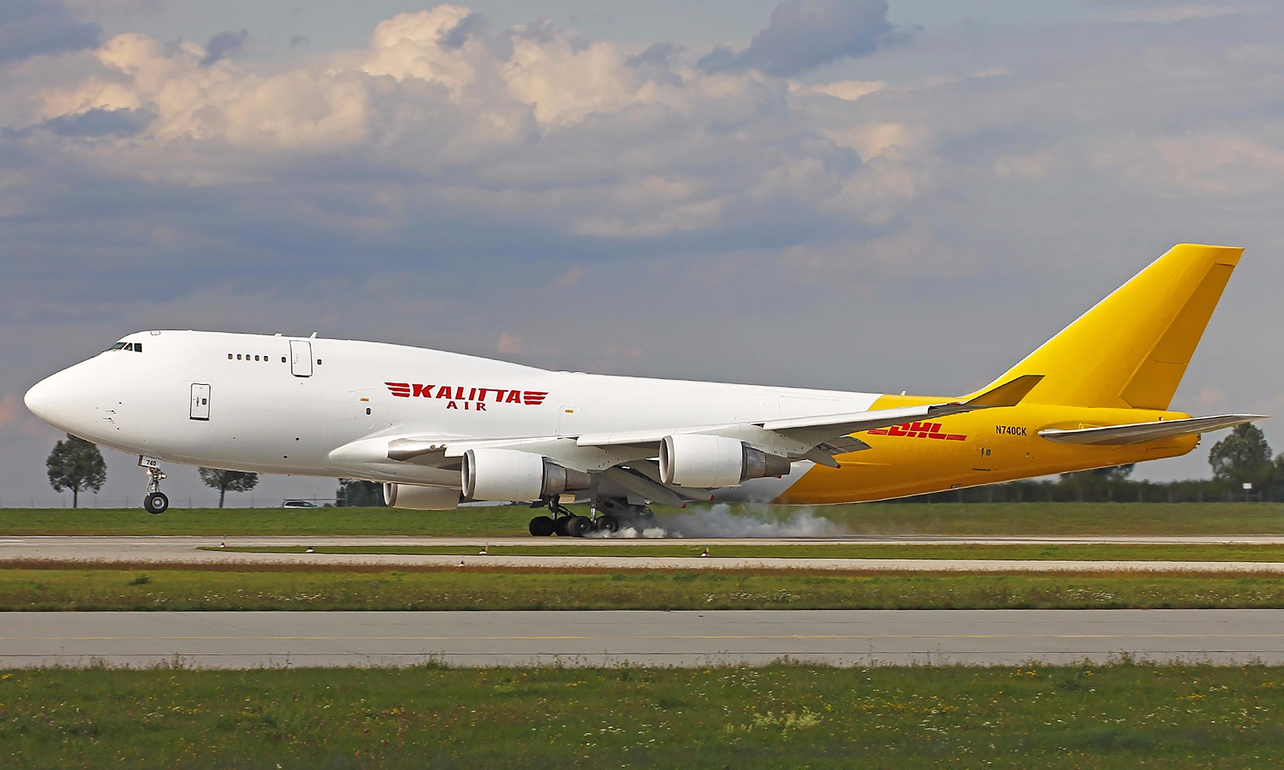 Leipzig/Halle Airport 04.09.201 - axel1967 | ello