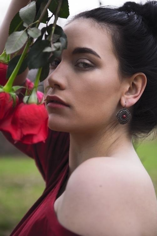 Kitty Underhill 🌹🌹🌹 Photo - floral - saritaphoto | ello