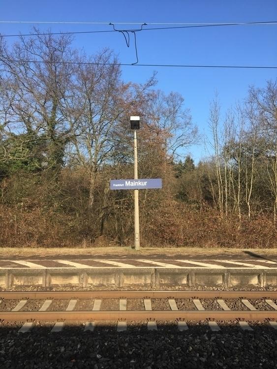 Hanau - Mainkur, Bahnhof - rowiro | ello