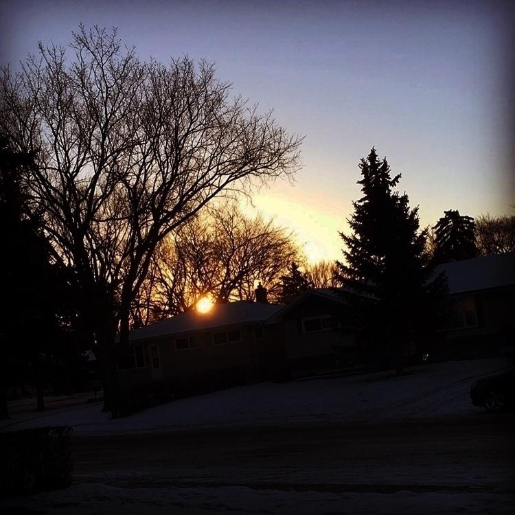 Sunrise Regina sk, Canada - uncitizen | ello