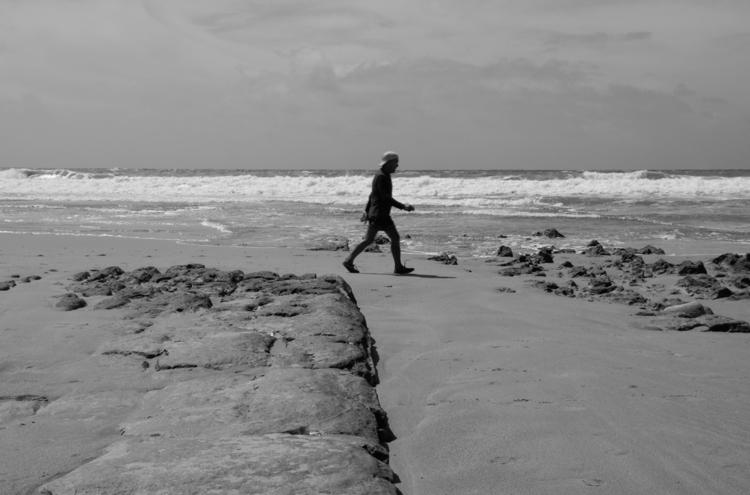 Beachwalker - sw, blackandwhite - mhpictures | ello