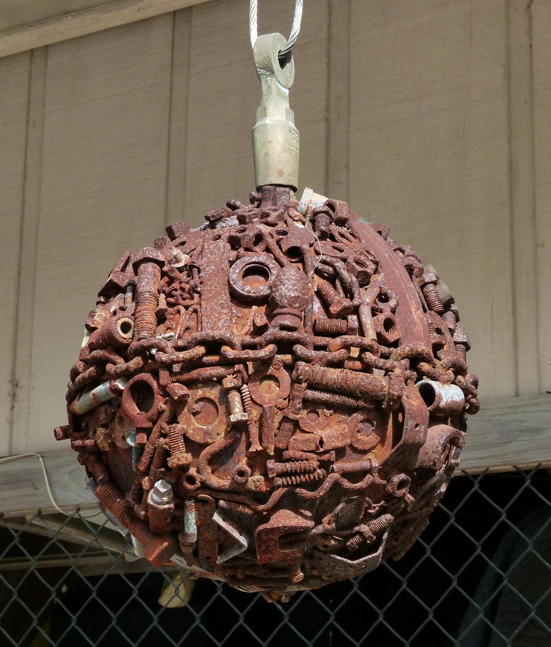 piece iron sculpture hanging si - oldendaze | ello