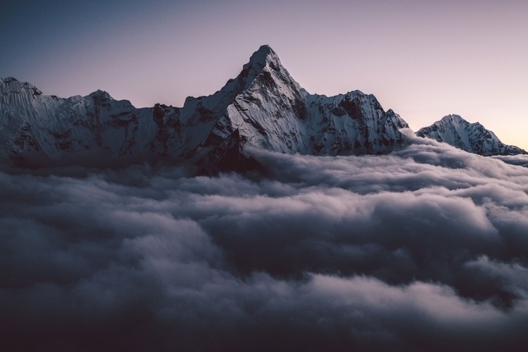 incredible moment Himalayas. mi - rawmeyn | ello
