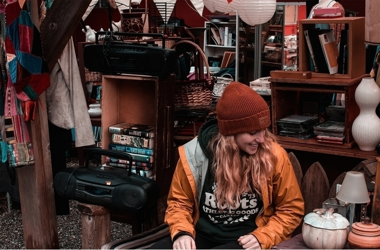 Tofino Thrift Shop - explorebc, canada - kirschhhh | ello