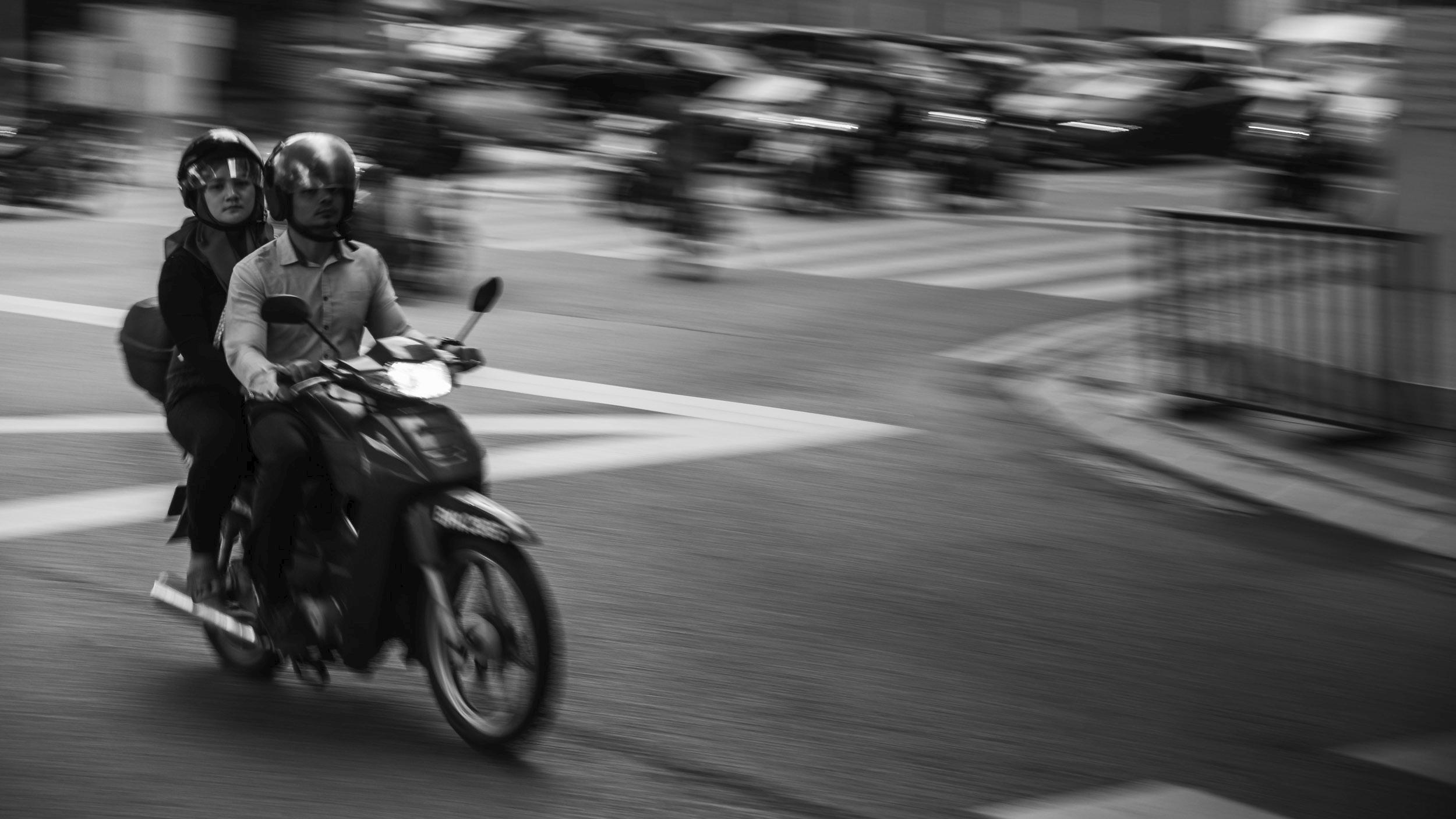 KL Speedster, Malaysia 2017 - streetphotography - travischau | ello