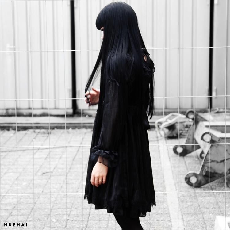 easy dark - nuehai | ello