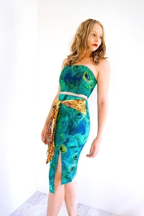 Peacock Crop Top beautiful Dres - woodfox | ello
