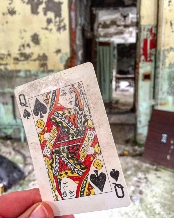 Queen Spades hearts) - Allegany - hopelesswanderer | ello