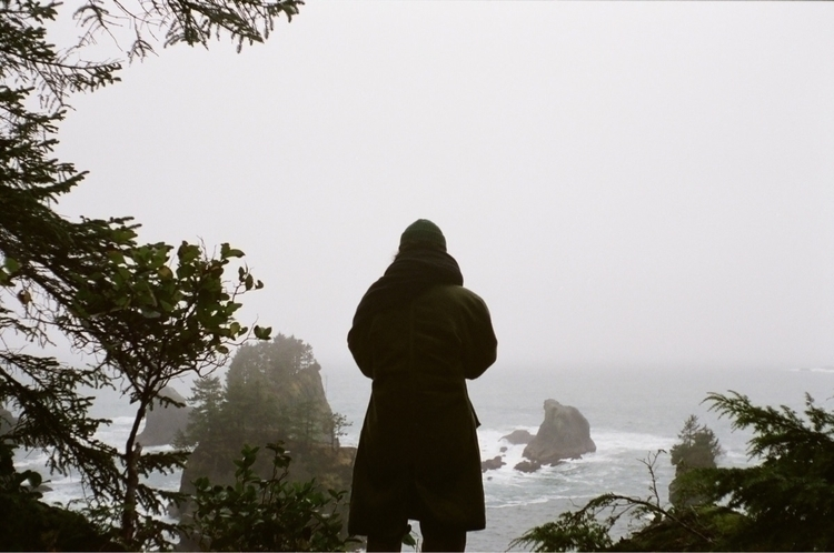 :waving_black_flag:Cliff - 35mm - chrischarleswilliams | ello