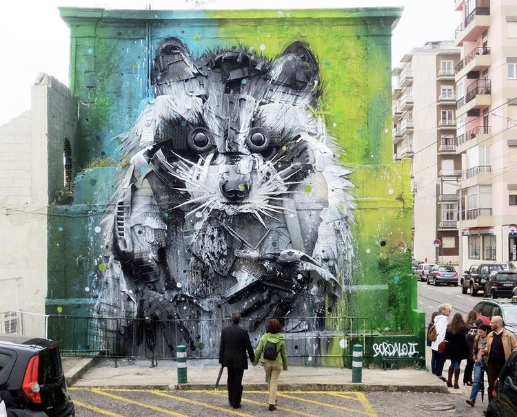 Amazing Animal Street Art Sculp - red_wolf | ello