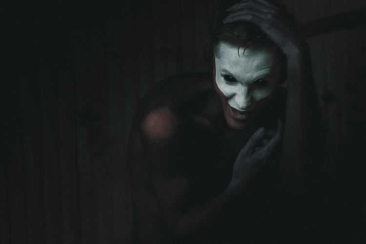 Photographer:Gary Barragan Mak - darkbeautymag | ello