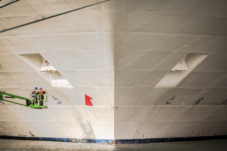 Painting Hull Workers paint bow - mattgharvey | ello