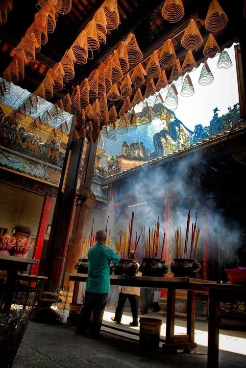 gods listen - Saigon, Vietnam - christofkessemeier | ello