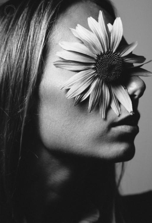 Allergy season portrait season - afaulkphoto | ello