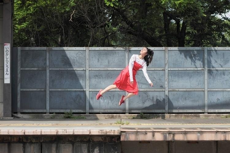Yowayowa Camera Woman Diary: Le - photogrist | ello
